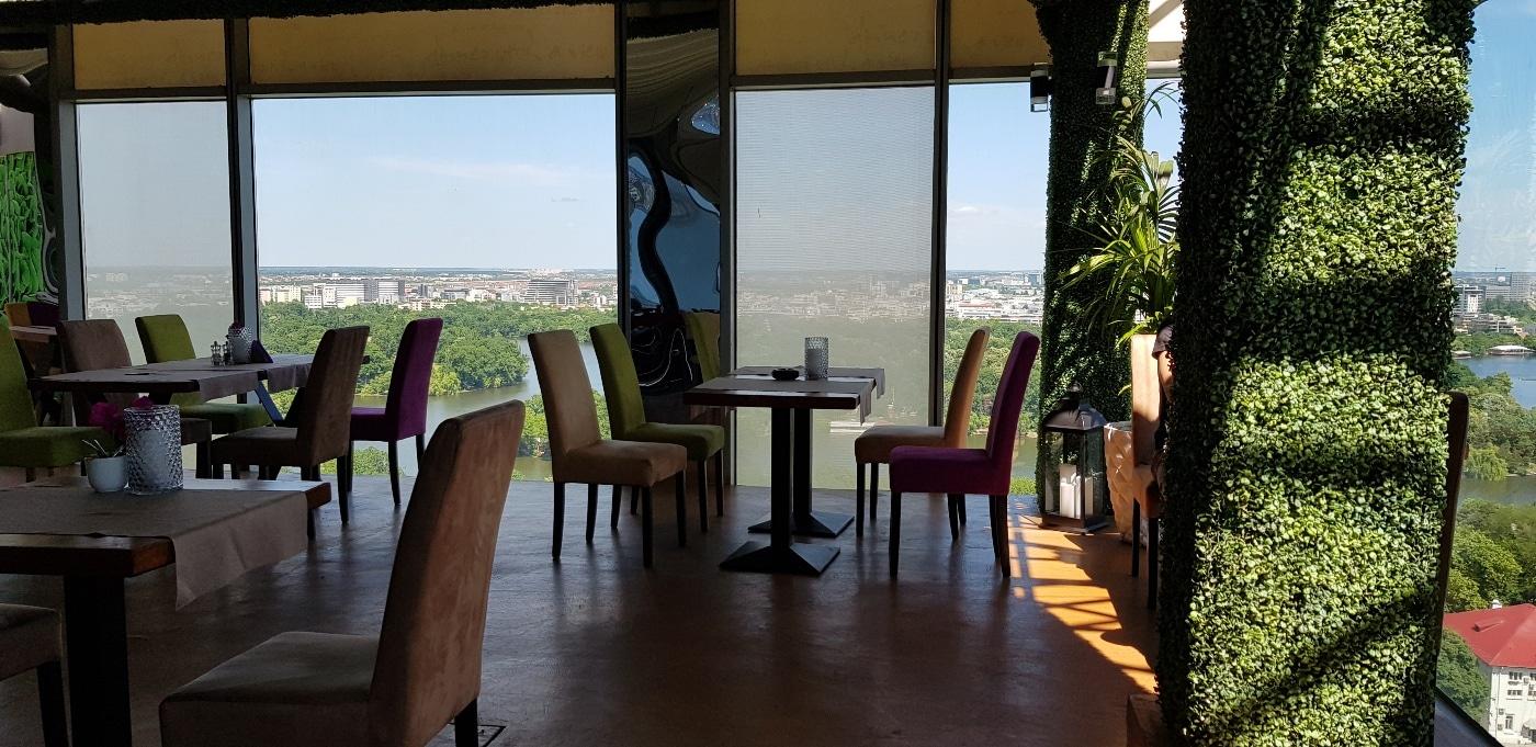 18 Lounge, restaurantul in care iți poți rasfața simultan ochii și papilele gustative