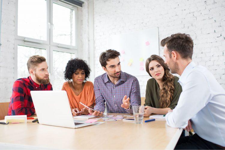 Cum sa alegi o agentie de publicitate potrivita pentru afacerea ta