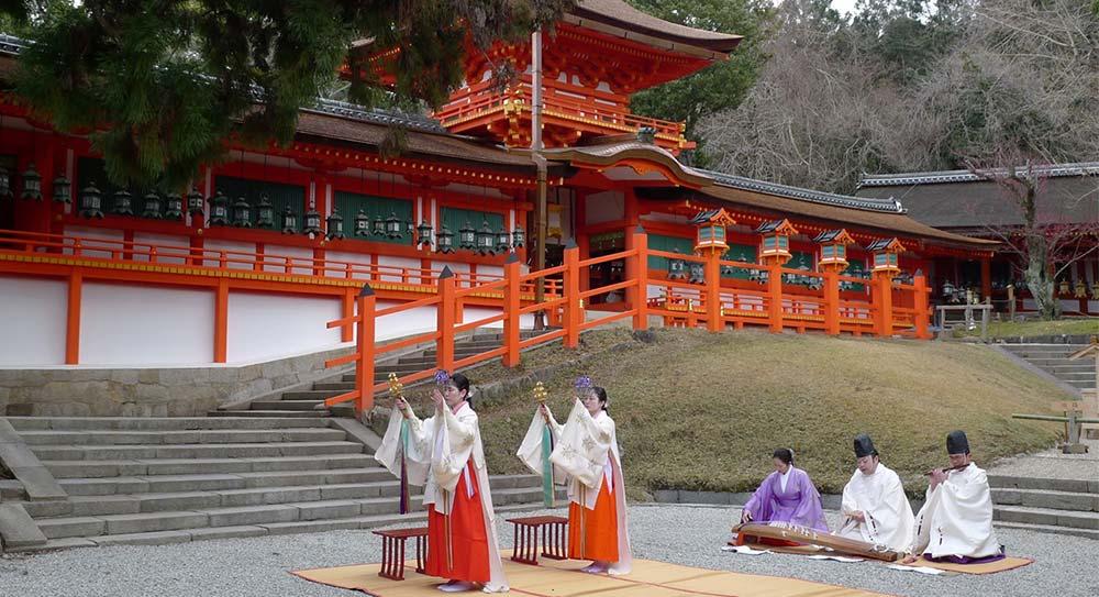 Shinto – Calea spre zei, intre stiinta, credinta si magie