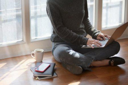 Cum te poate ajuta un avocat online gratuit